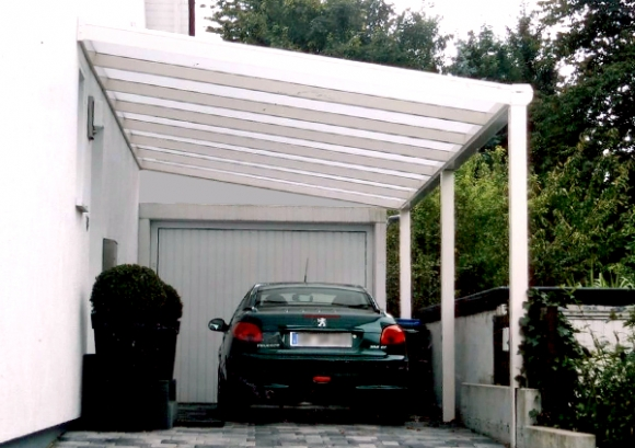 sachsen terrassendach carport mit wandanschlu vor garageneinfahrt. Black Bedroom Furniture Sets. Home Design Ideas
