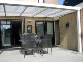 Terrassendach mit Wandanschluß