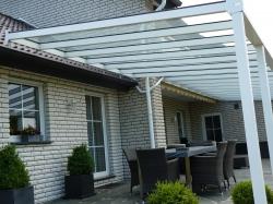 Alu-Terrassenüberdachung von Länger Draussen in Schloß Holte-Stukenbrock
