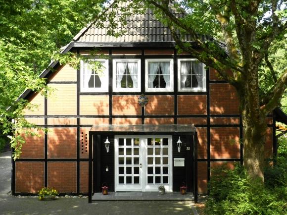 Eingangsüberdachung Fachwerkhaus