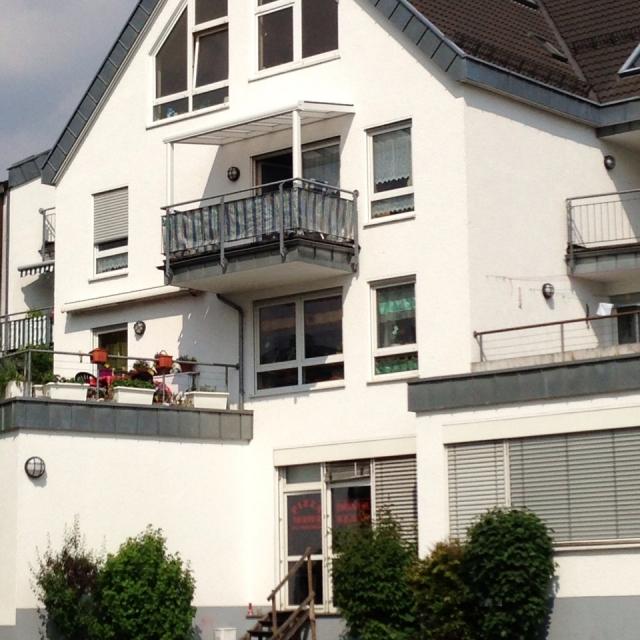 LÄNGER-DRAUSSEN - Balkonüberdachung Aluminium