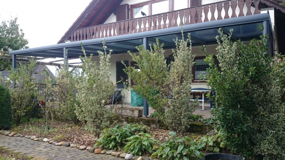 Alu-Terrassenüberdachung von Länger Draussen in Herbolzheim-Tutschfelden