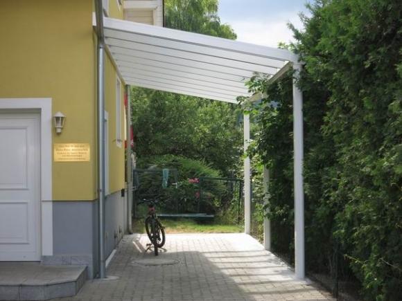 Alu-Terrassenüberdachung von Länger Draussen in Graz